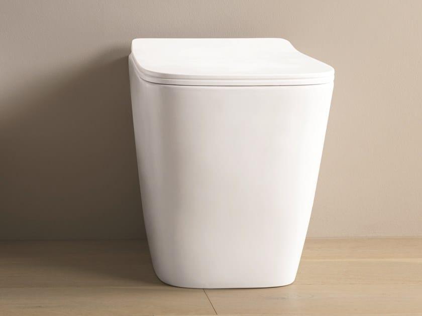WC en céramique sur pied A16 | WC sur pied by Artceram