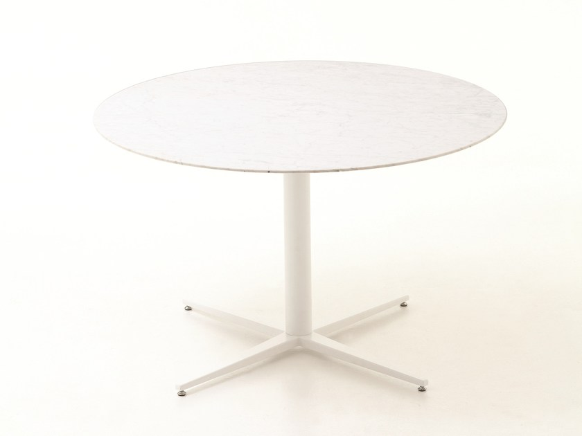 Lacquered round wooden table with 4-star base FLORA | Lacquered table by Cizeta L'Abbate