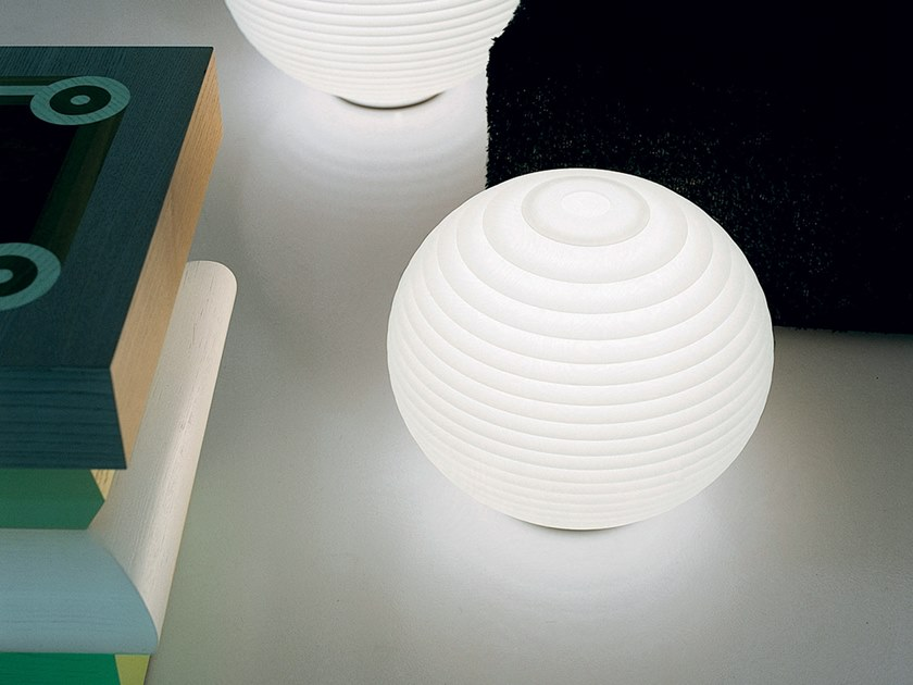 LED polycarbonate table lamp FLOW   LED table lamp by Rotaliana