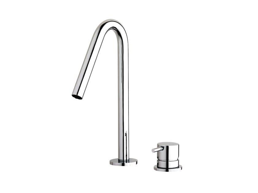 Robinet pour lavabo en laiton chromé FLOW T1.14+T1.B1.12V | Robinet pour lavabo by Water Evolution