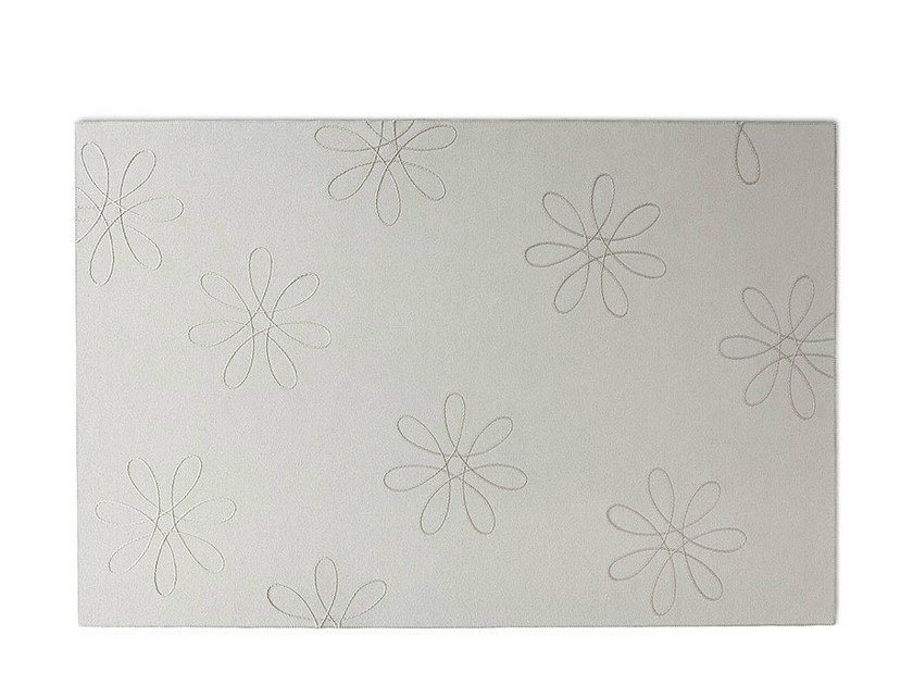 Rectangular felt rug with floral pattern FLOWER by paola lenti