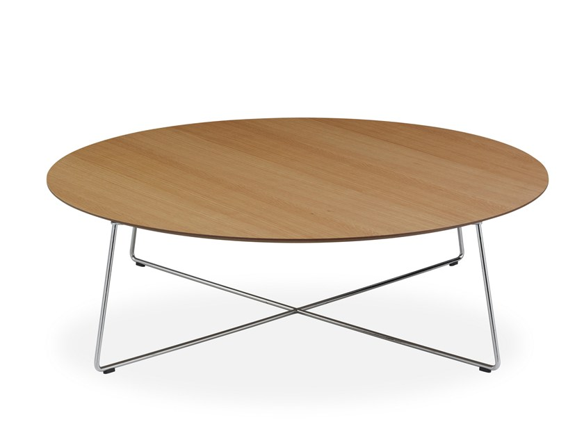 Round wood veneer coffee table FLY | Coffee table by B&T Design
