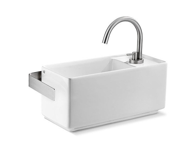 Rectangular wall-mounted ceramic handrinse basin FLY MINI DX by A. e T. Italia