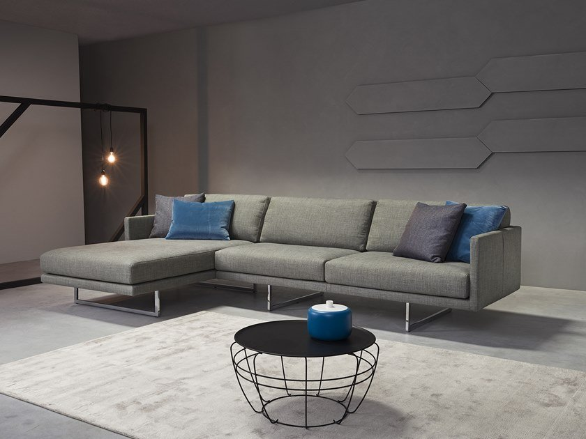 Sectional sofa with chaise longue FLY | Sofa with chaise longue by Metraform