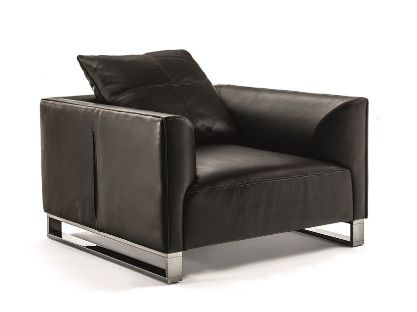 Leather armchair with armrests FOLD | Armchair by Longhi