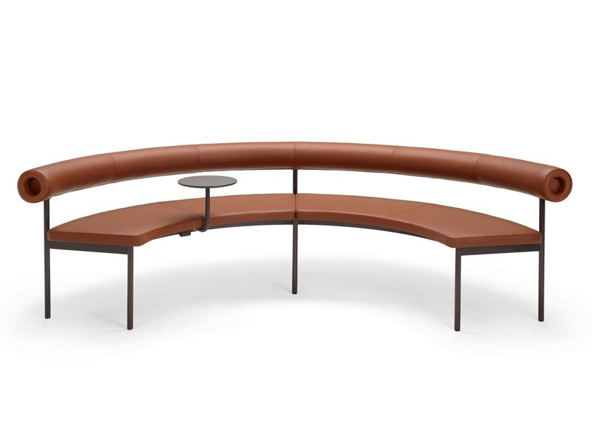 Curved leather sofa with integrated magazine rack FONT 1365 | Leather sofa by Offecct