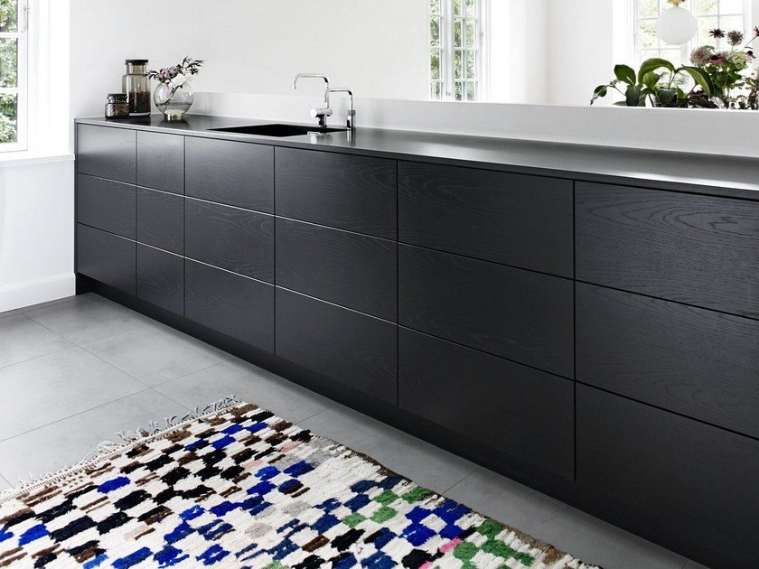 Linear Solid Wood Kitchen Without