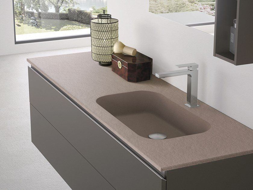 Wall-mounted resin washbasin with integrated countertop FORMA | Washbasin with integrated countertop by Gruppo Geromin