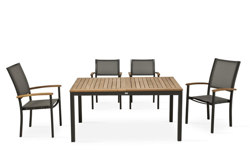 FORUM | Sedia con schienale alto
