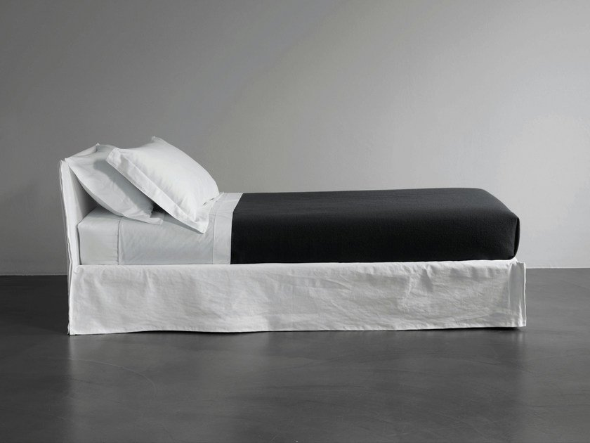 Single bed with removable cover FOX | Single bed by Meridiani