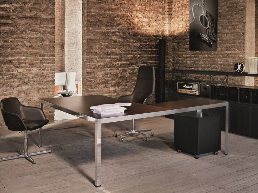 L-shaped executive desk FRAME + EXECUTIVE | L-shaped office desk by Sinetica