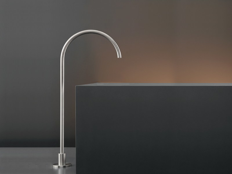 Floor standing bathtub spout FRE 70 by Ceadesign