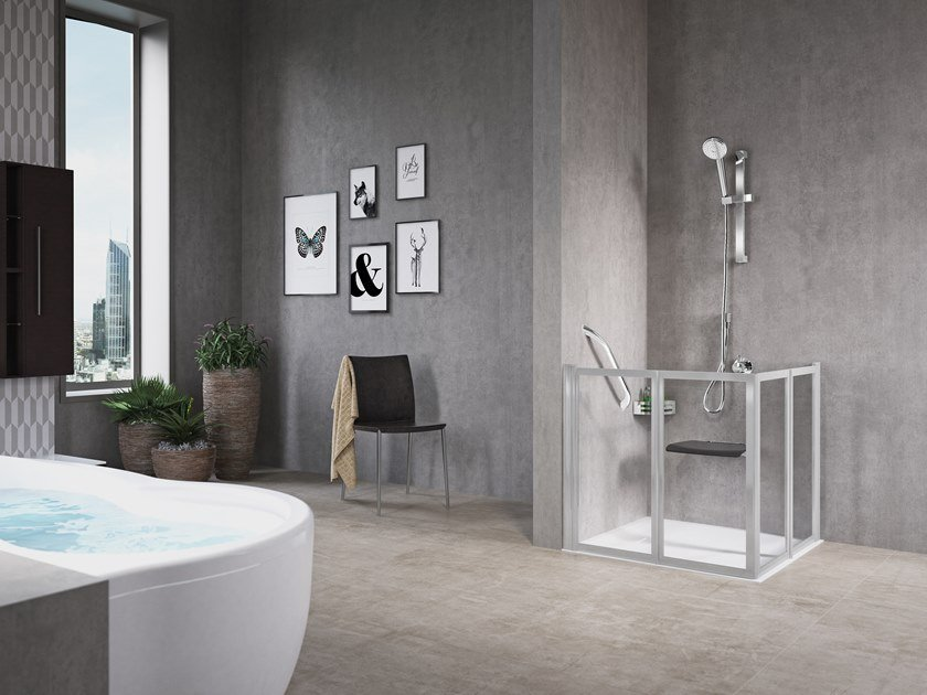 Corner shower cabin with folding door FREE 2 A (LOW VERSION) by NOVELLINI