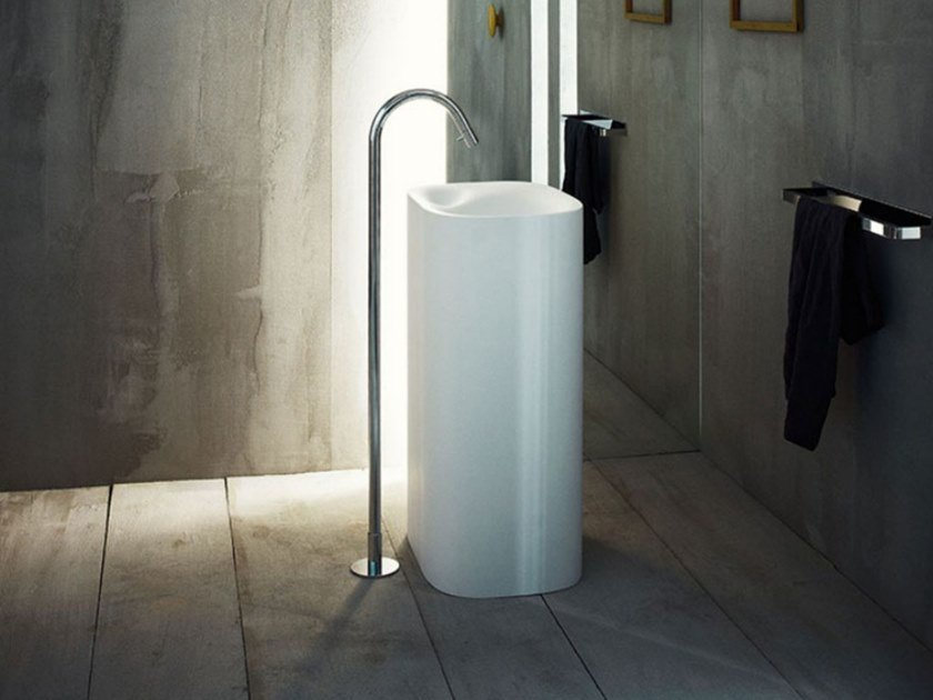 Freestanding rectangular Cristalplant® washbasin NIVIS | Freestanding washbasin by Agape