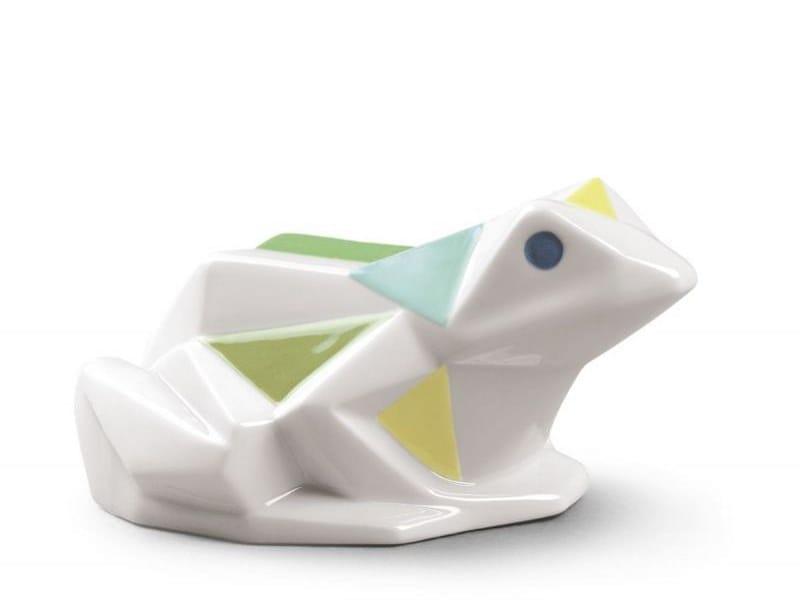 Porcelain decorative object FROG by Lladró