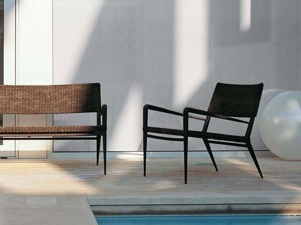 Garden armchair with armrests EXPERIENCE | Garden armchair by Unopiù