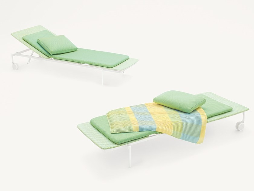 Polyester garden daybed with Casters LIDO | Garden daybed by paola lenti