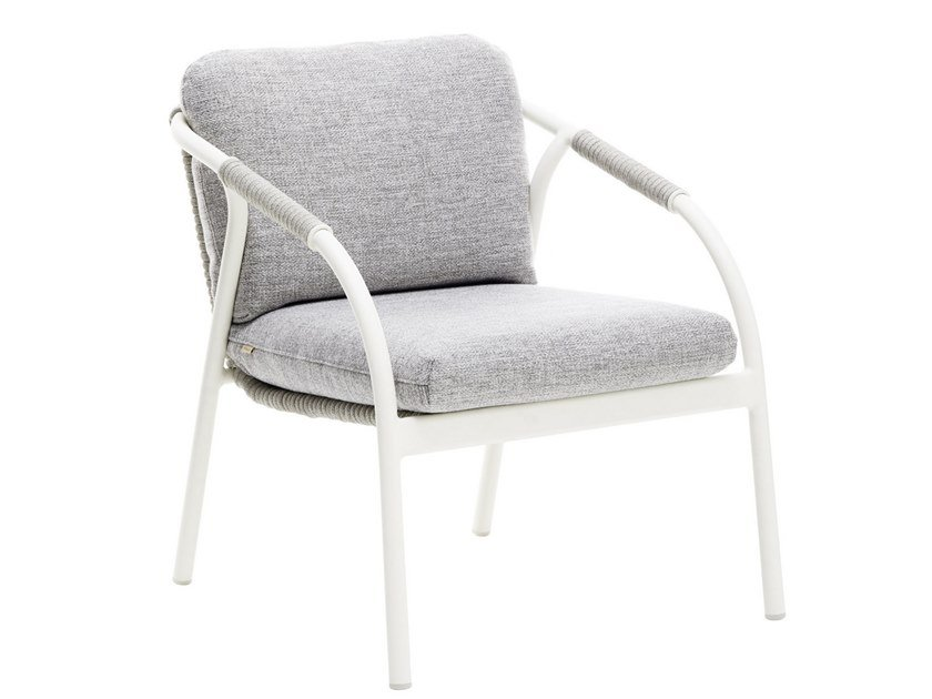 Garden easy chair with armrests CAPRI | Garden easy chair by Roberti