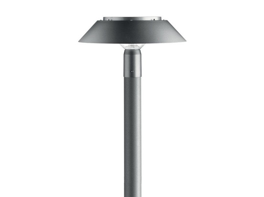 Twilight garden lamp post twilight collection by iguzzini for Iguzzini esterno