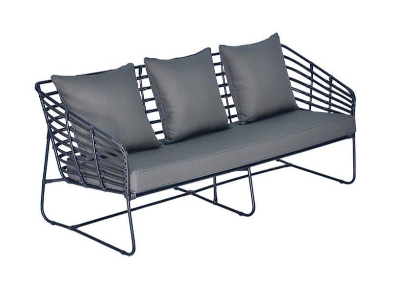 3 seater sled base synthetic fibre garden sofa MIYAKO | Garden sofa by cbdesign