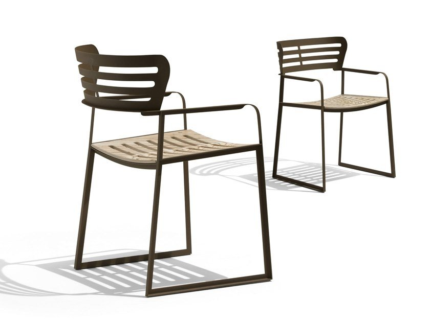 Sled base garden chair with armrests GEA | Sled base chair by GIORGETTI