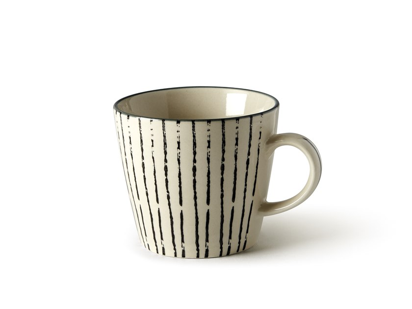 Porcelain stoneware cup GEOMETRIE 1 | Cup by Fill