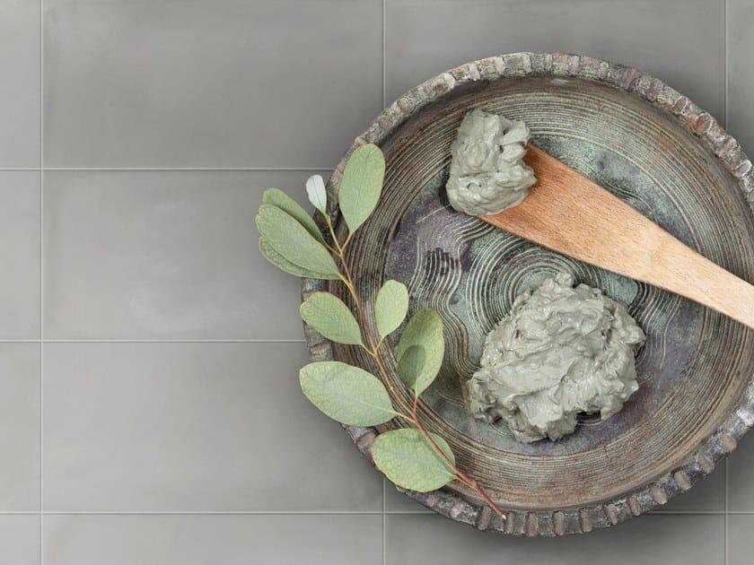 Rivestimento in ceramica bicottura GESSO CE by Imola