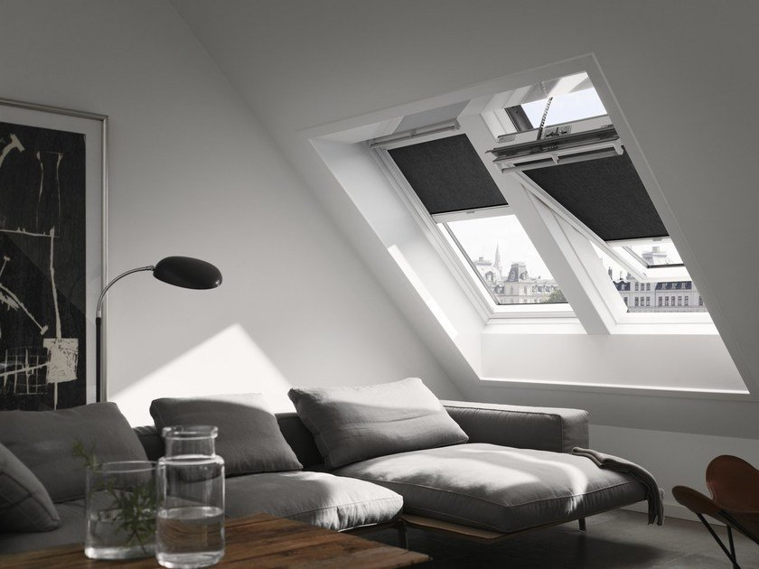 Wooden horizontally pivoted window GGU INTEGRA® SOLAR by Velux