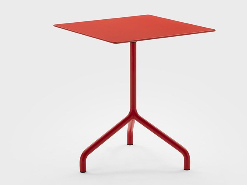 Tavolo in metallo con piano a ribalta per contract GINGER | Tavolo by Viganò