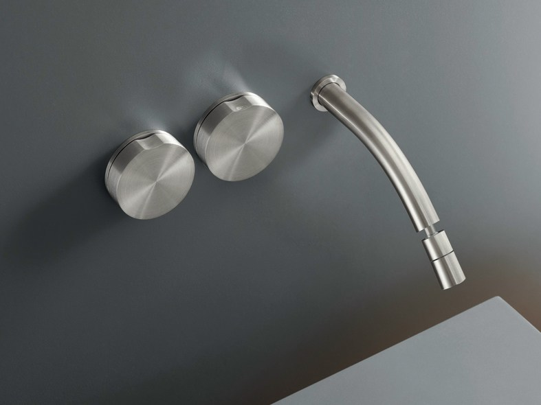 Wall mounted set of 2 individual taps with adjustable spout GIO 12 by Ceadesign