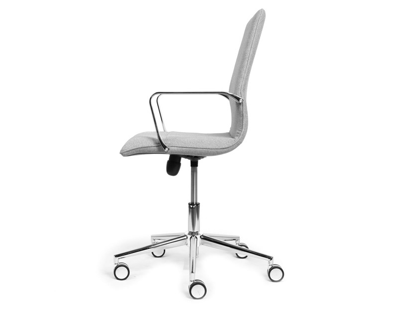 Task chair with 5-Spoke base with castors GIRASOLE | Task chair by CUF Milano