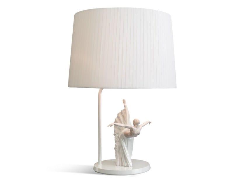 Porcelain table lamp GISELLE ARABESQUE by Lladró