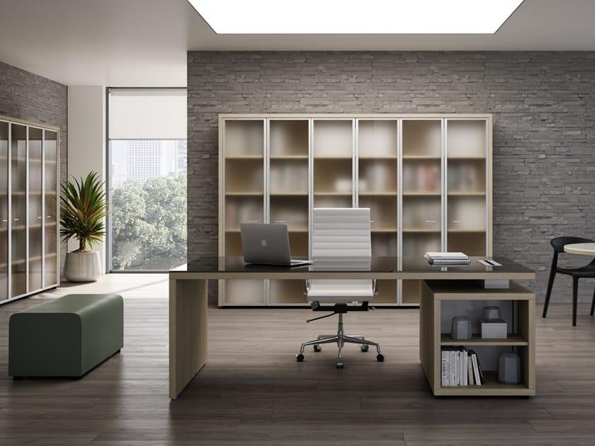 Rectangular office desk with shelves BRERA | Glass office desk by CUF Milano