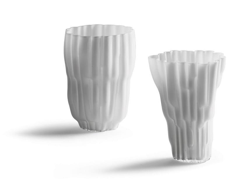 Glass vase Gli Oggett by Poltrona Frau