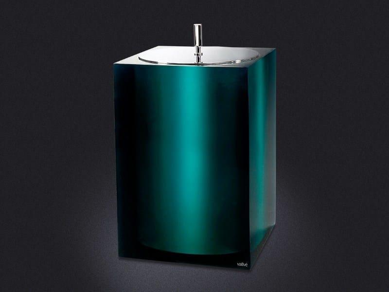 Resin bathroom waste bin GLOSS   Bathroom waste bin by Vallvé