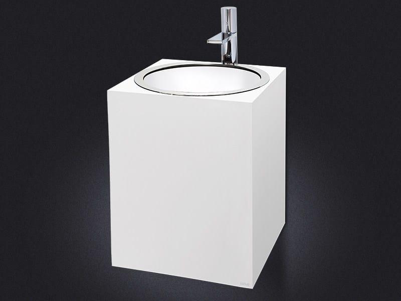 Wall-mounted resin washbasin GLOSS | Wall-mounted washbasin by Vallvé