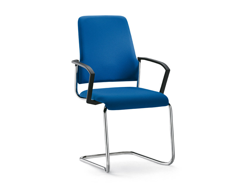 Cantilever upholstered stackable fabric chair GOAL 550G by Interstuhl