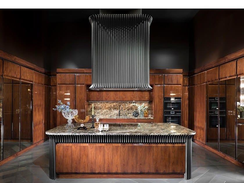 Classic style kitchen with island GRAN DUCA SCOTT   Kitchen by Prestige