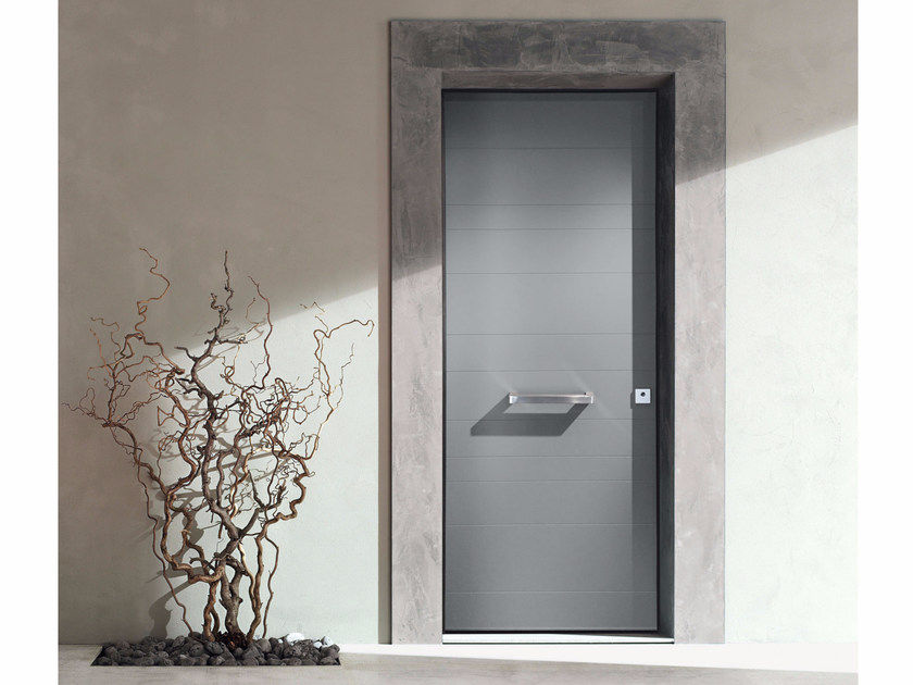Lacquered safety door GRAND SUPERIOR - 15.4002 S16 by Bauxt