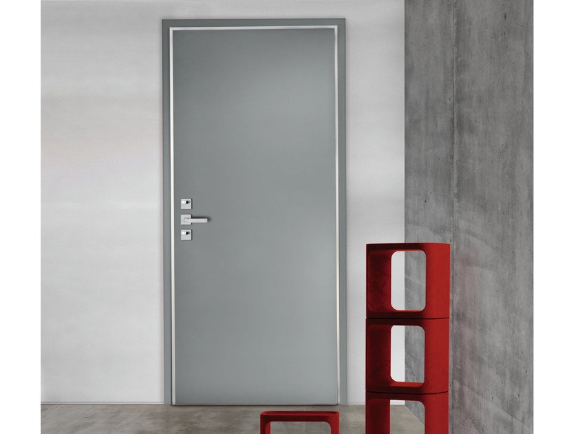 Lacquered safety door GRAND SUPERIOR - 15.4006 S16 by Bauxt