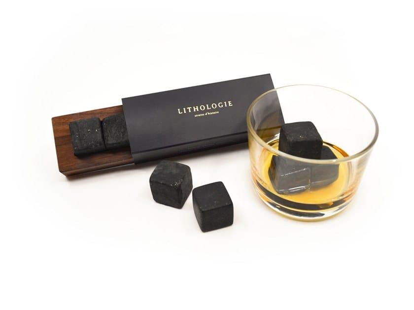 Pietre da whisky in granulite con vassoio in noce GRANULITE WHISKY STONE SET by Lithologie