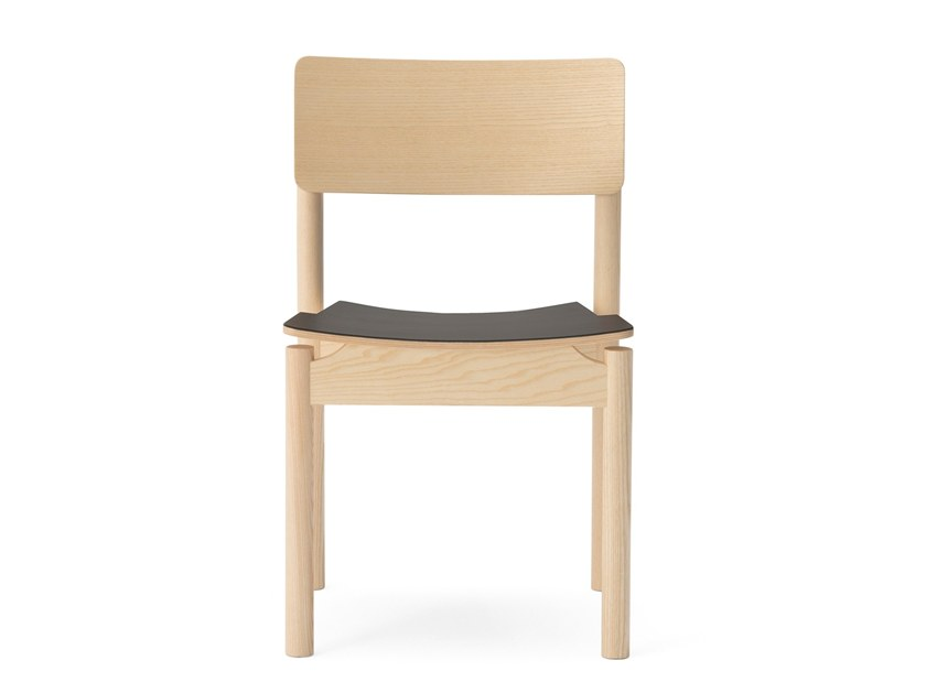 Open back stackable wooden chair GREEN | Leather chair by Billiani