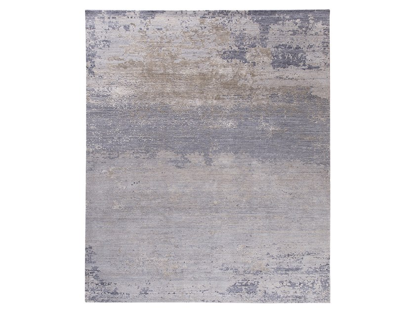 Handmade custom rug GRUNGE NEW GREY by Thibault Van Renne