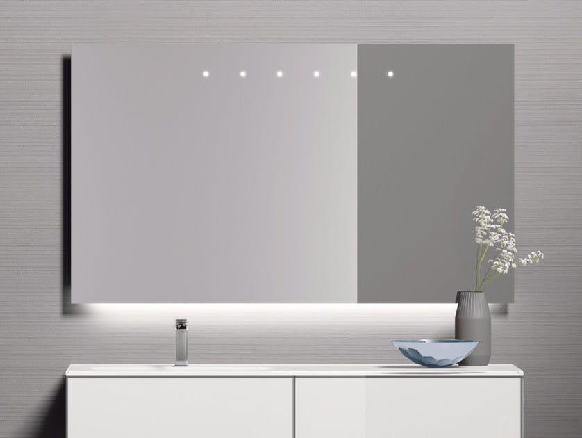 Specchio da parete con illuminazione integrata per bagno for Specchi per bagno