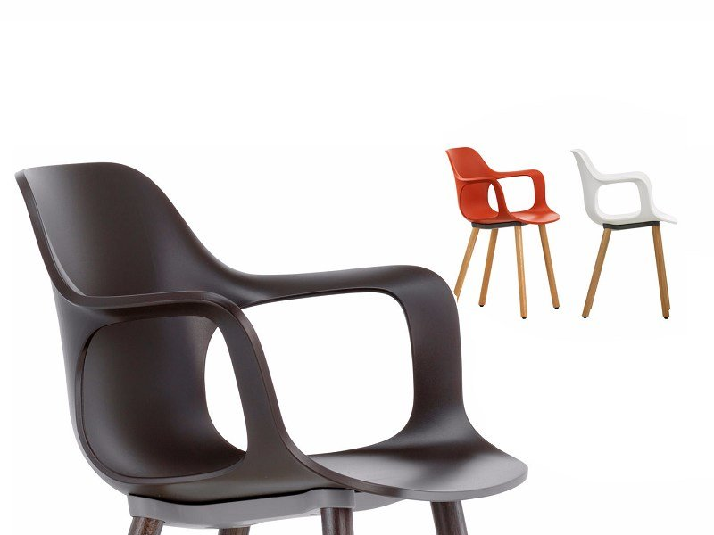 Polypropylene chair with armrests HAL ARMCHAIR WOOD by Vitra