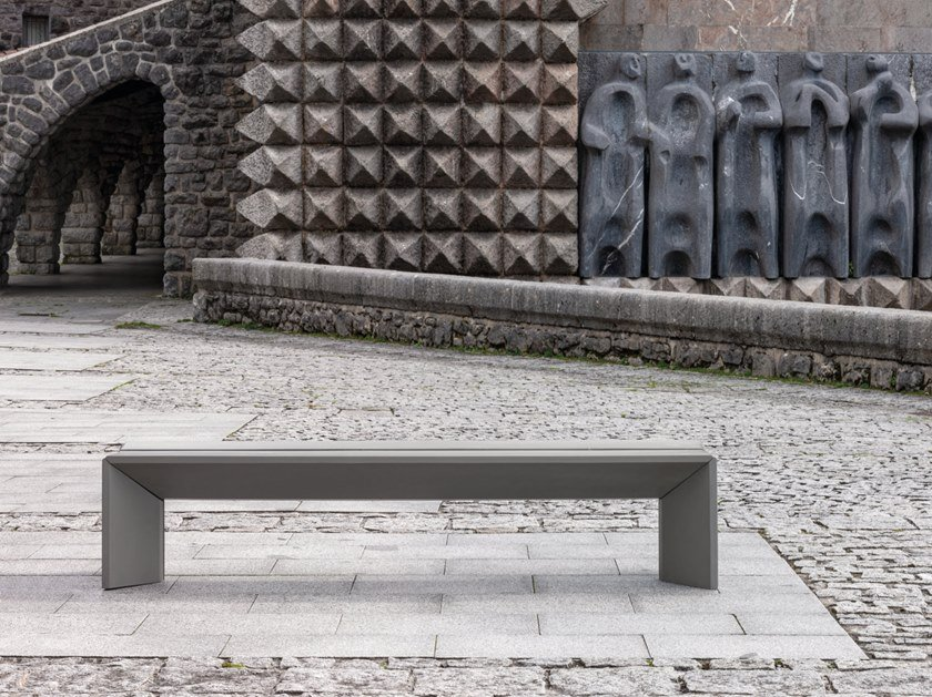 Backless Bench HARRI by ULMA Architectural Solutions