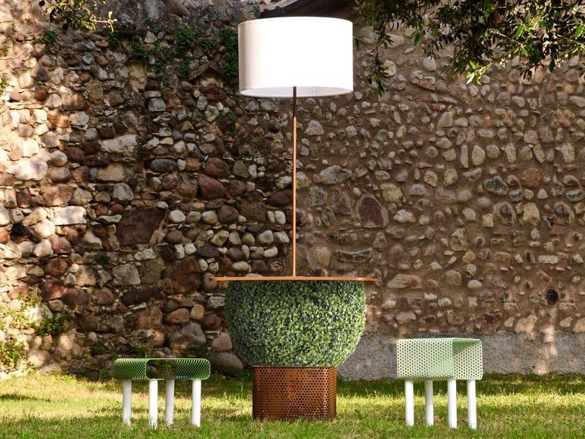 Fioriera con illuminazione e piano d'appoggio HATTER by GARDA DESIGN