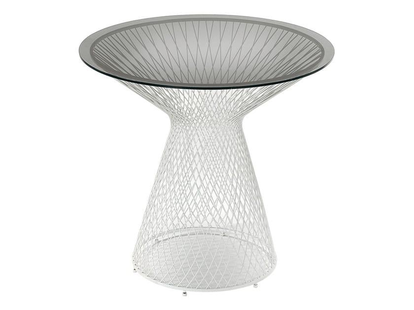 Tavolo da giardino rotondo in acciaio e cristallo HEAVEN | Tavolo rotondo by emu