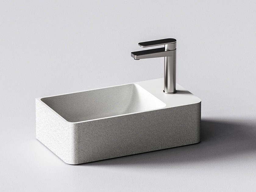 Wall-mounted quartz sand handrinse basin HELIOS by Sandhelden