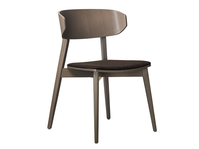Stackable beech chair with integrated cushion HELLEN PLUS SE02 by New Life